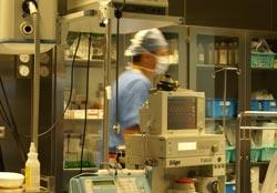 Powiększanie piersi - anestezjolog
