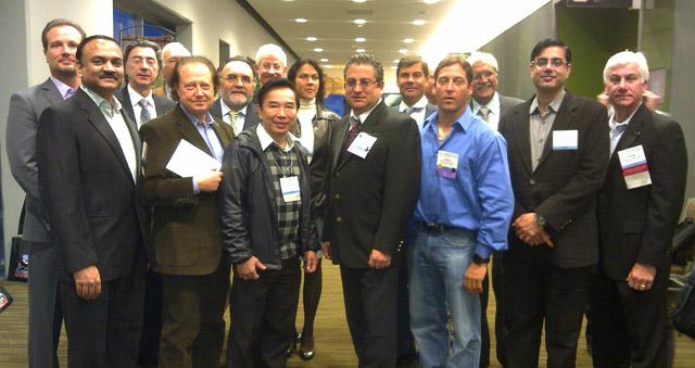Uczestnicy Global Council of Hair Restoration Surgery Societies Meeting - pierwszy z lewej Prezydent ISHRS Jerry E. Cooley, w środku dr Małgorzata Kolenda i dr Jerzy Kolasiński