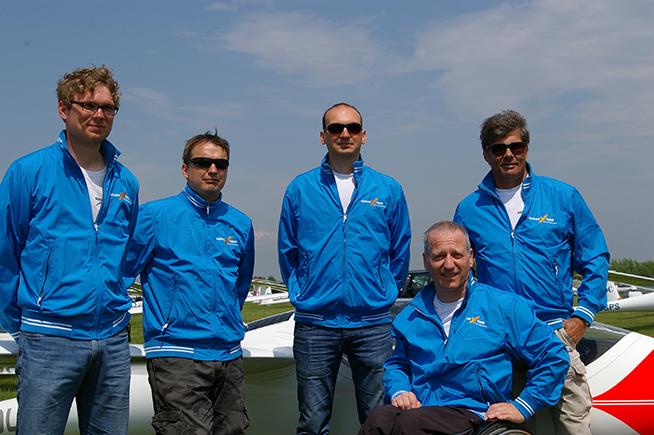 Sukces-pilotow-Gliding-Team-Klinika-Kolasinski