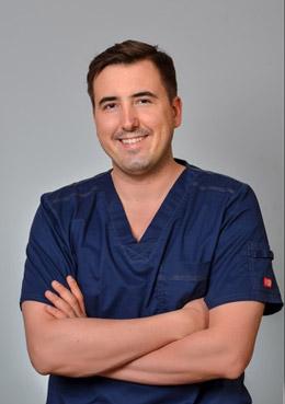 Dr n. med. Szymon Kołacz