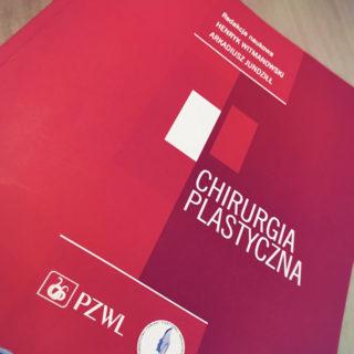"""Podręcznik """"Chirurgia Plastyczna"""" z rozdziałem dr Małgorzaty Kolendy"""